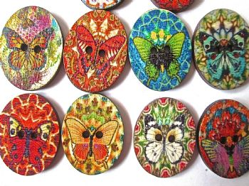 Pack of 10 Wood OVAL Butterfly/Flower Buttons